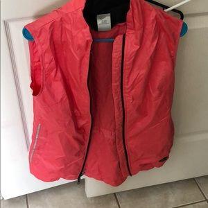 Nike light sleeveless jacket